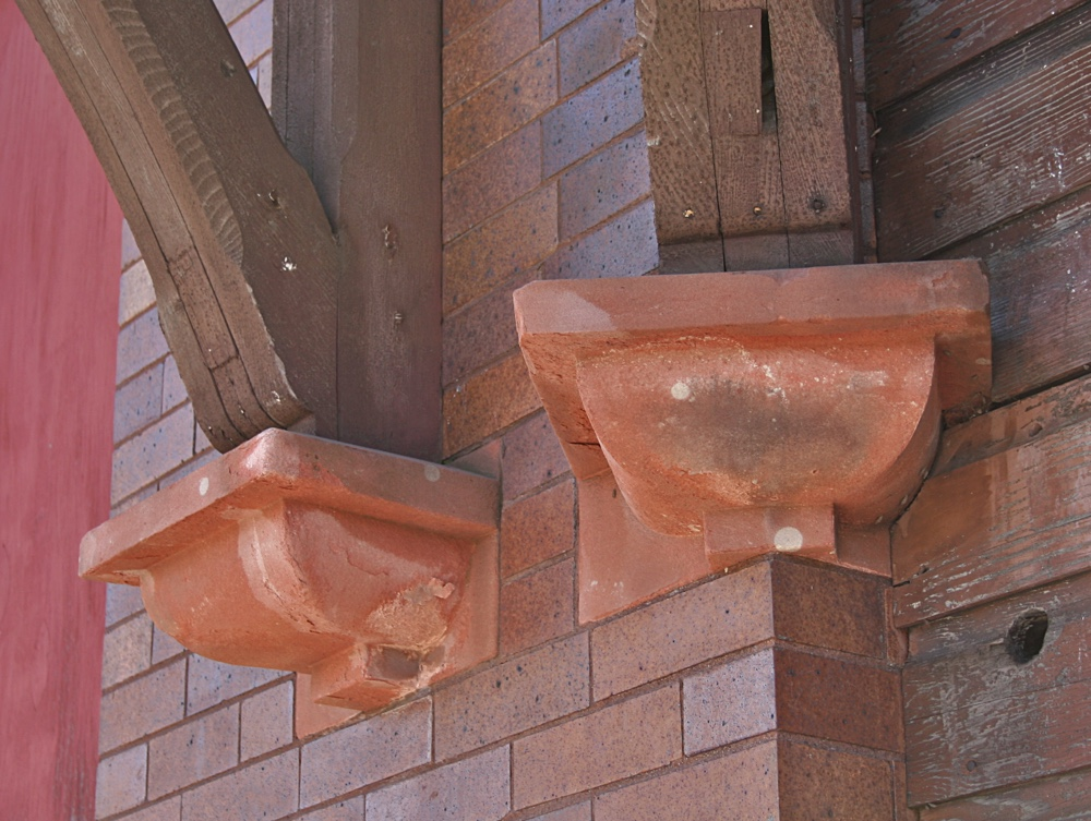 Sandstone Ledges at the Calumet Depot