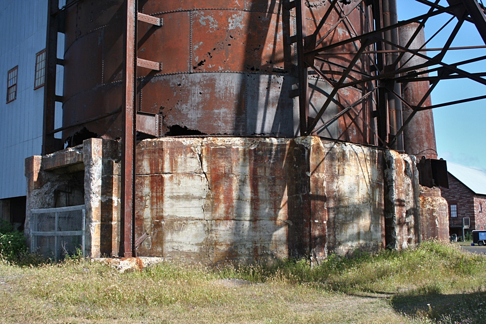The Foundation to the Copper Rock Silo at the Quincy No.2 Rockhouse