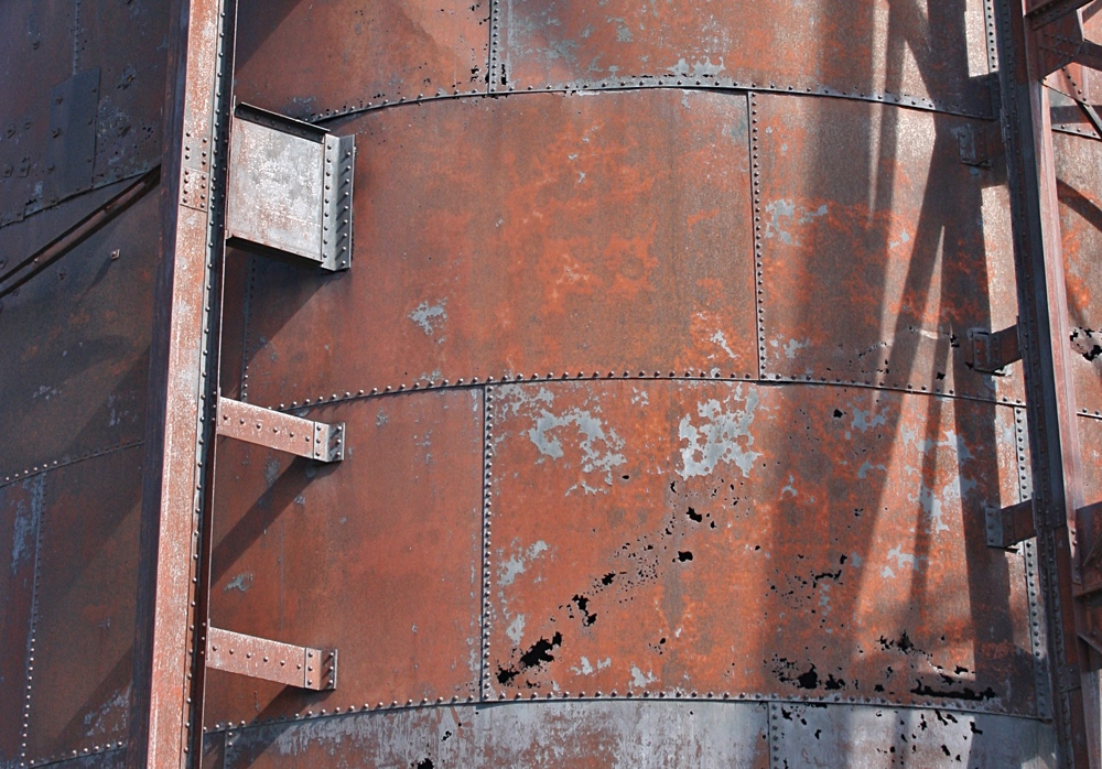 Close View of Copper Rock Silo at Quincy No.2 Rockhouse