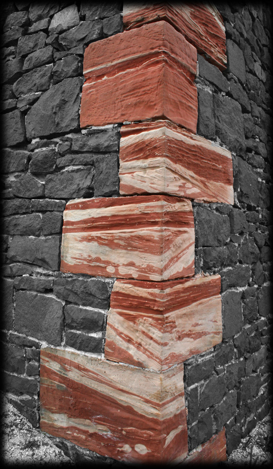 Of rock and sandstone copper country explorer for Brick quoins